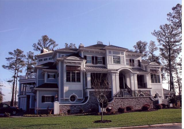 GlenRiddle House Garage side